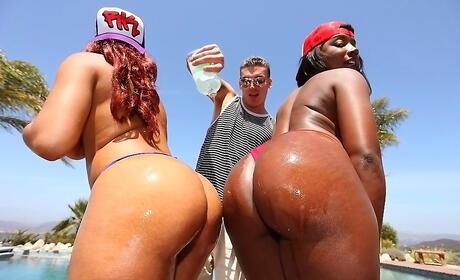 Ebony Threesome Pictures