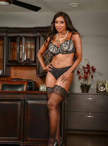 Ebony Stockings Pictures