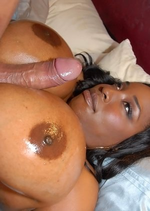 Big Ebony Boobs Pictures