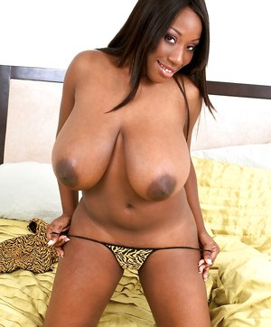Natural Ebony Tits Pictures
