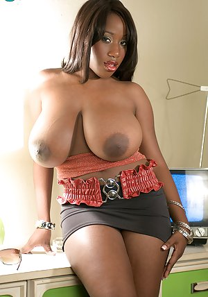 Huge tits fucking machine