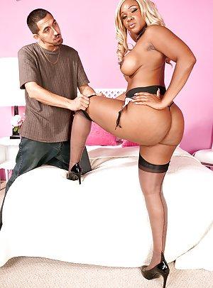 Ebony Milf Pictures