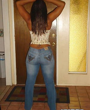 Ebony in Jeans Pictures