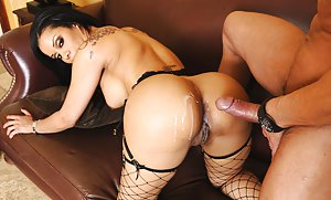 Ebony Shaved Pussy Pictures