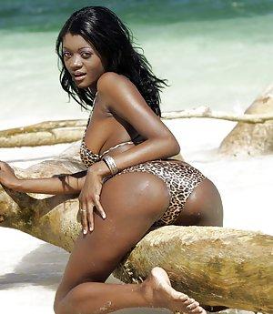 Ebony in Beach Pictures