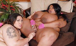Ebony Lesbians Pictures